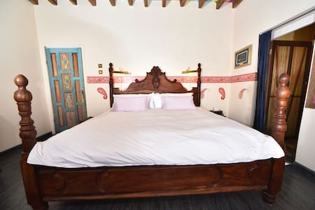 Maharajah Boutique BnB in Great location in town