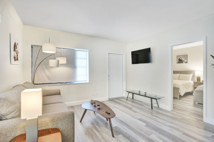 Suites at Sailboat Bend◆1BR next to Las Olas 29|1
