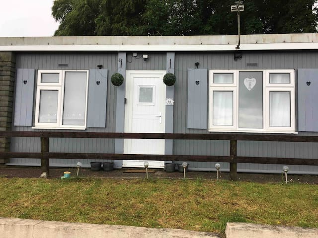 Myleigh's Sea View (Shellee Chalets)