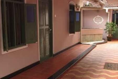 Hotel Maple Regency - Ernakulam - Boetiekhotel