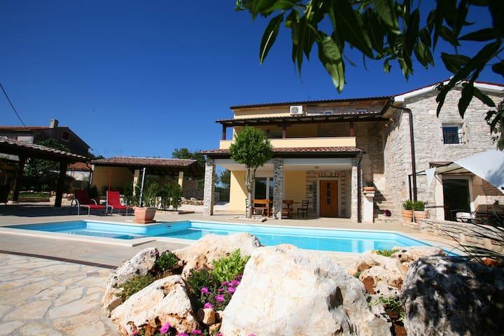 villa Flores - Barban - Villa