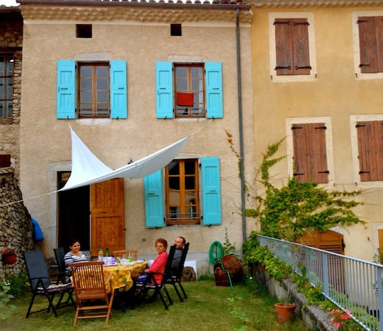 holiday home - south of france - Châtillon-en-Diois - Hus