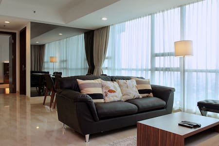 Luxury new 2BR at Kemang Village - Güney Cakarta - Daire