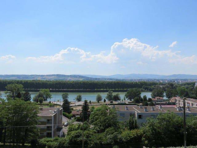 Superbe vue sur Saône - Jassans-Riottier
