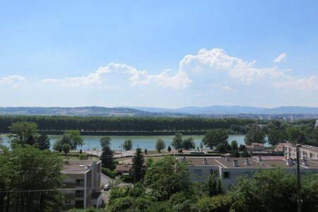 Superbe vue sur Saône - Jassans-Riottier - 公寓