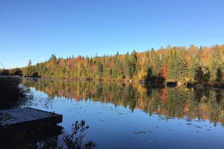 Chalet rustique familial - Lac Lafond - Chertsey - Chalupa
