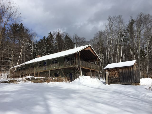 Comfy and Secluded House on Private State Park