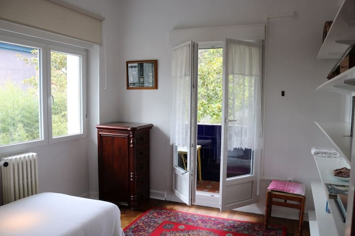 Villa Isabela Bakio Rooms II (Nº Reg.L-BI-94) - Bakio - Alpstuga