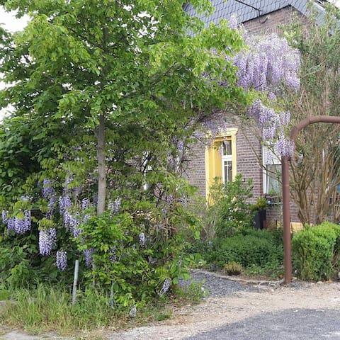 6 Personen Ferienwohnung auf Pferdehof/Gastboxen - Kerken - Kondominium