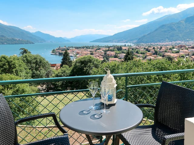 Holiday apartment Rosa with amazing sea view
