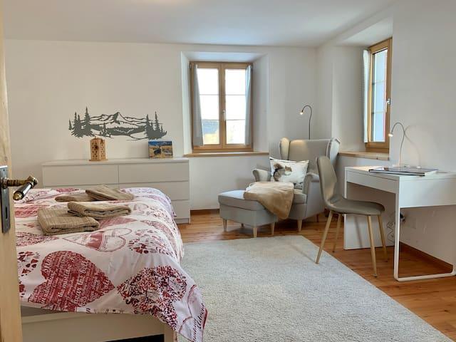 ENGADIN HOLIDAYS - 70 sqm comfy apartment
