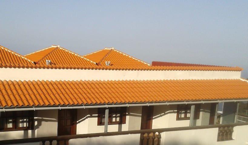 VIVIENDA VACACIONAL  CON VISTAS  LA MAR - Santa Cruz de Tenerife - Casa