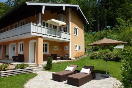 Moderne 110 m2  Ferienwohnung 1,2 km zum Königssee - Schönau am Königssee