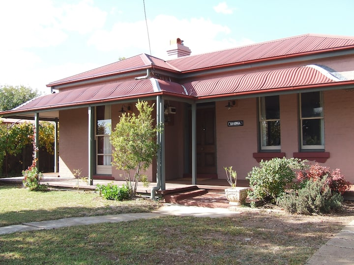 'Minerva': the Mudgee house
