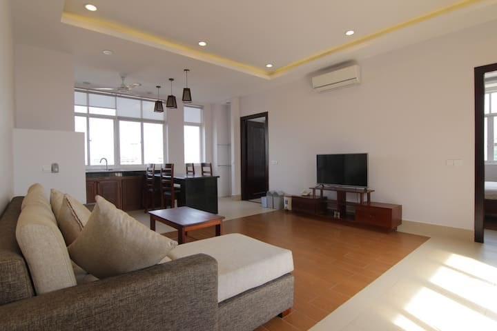 Two Bedrooms Apartment near Russian Market