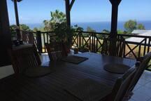 Beau studio avec piscine et vue mer