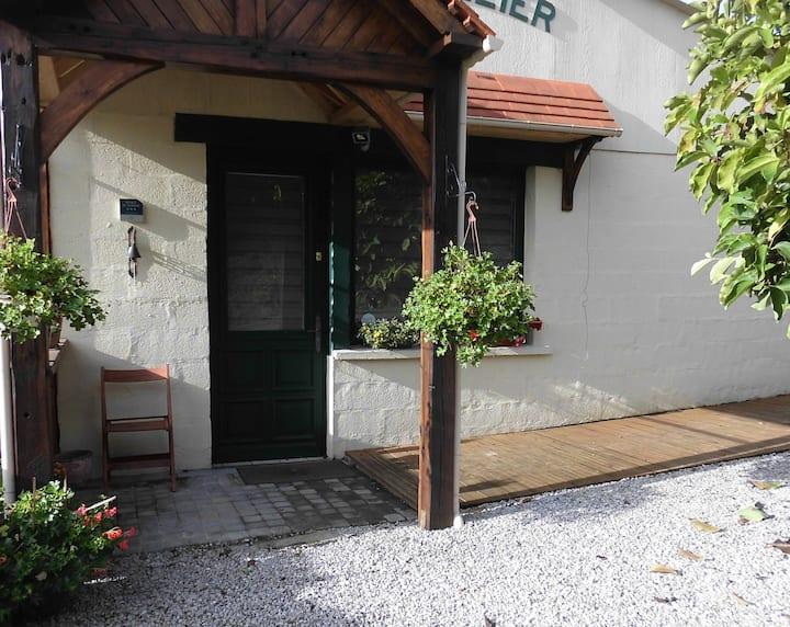Gîte l'atelier 1 à 6 personnes,  parking et Wifi