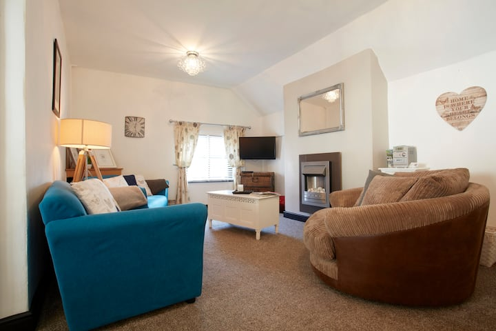 Charming Grade 2 Listed 3 Bed Apartment