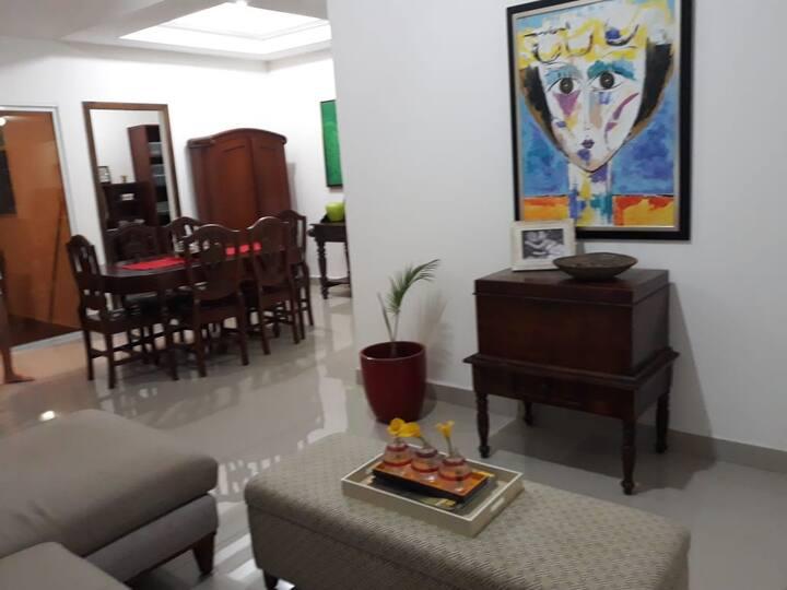 High end Apartment in Managua/ Apartamento de lujo