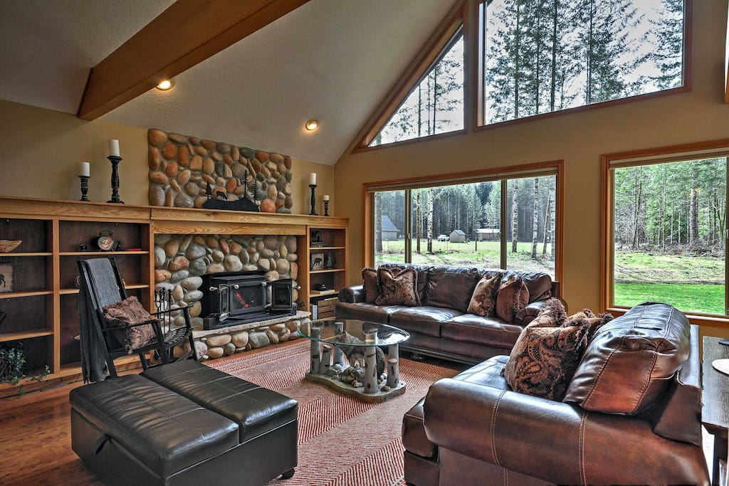 Look forward to unwinding on the plush couches in the living area, surrounded by outdoor views.