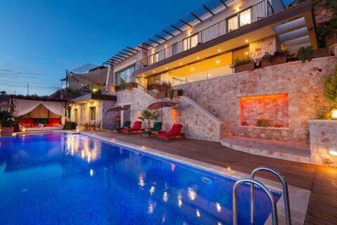 Villa İlba Kalkan - 5 Bedroom for 10 People