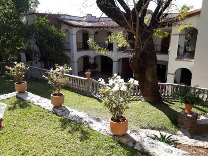 """Hacienda Maria Elena´s """"Armonía Y tranquilidad"""""""