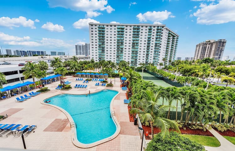 Ocean Reserve Luxury Condominium