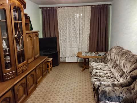 Уютная двух-комнатная квартира.