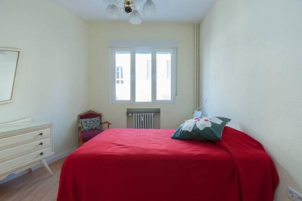 Habitación (135cm la cama)