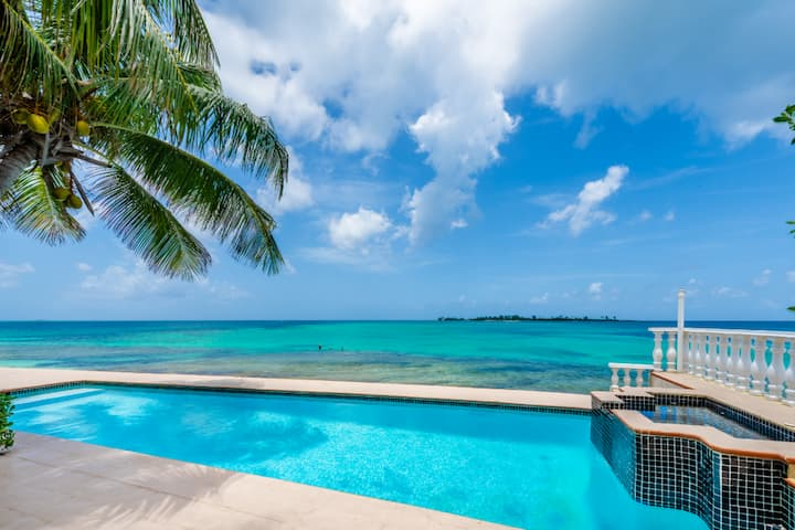 Sea View Beach Villa, private Pool