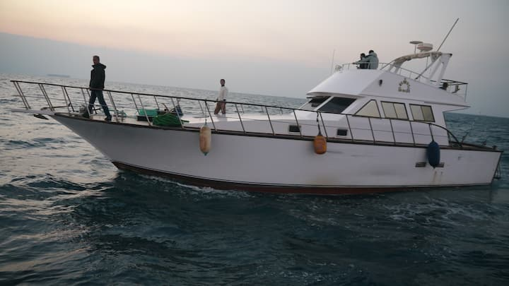 ALMAZ YACHT ain sokhna, Fishing, live aboard Yacht