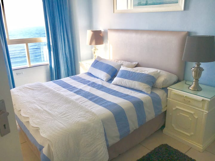Stunning Sea View self catering apartment!