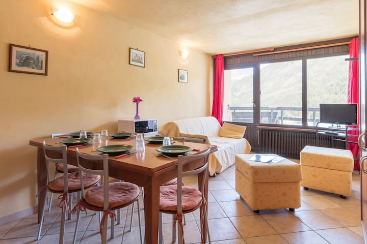 Renovated apartment in the center of the resort