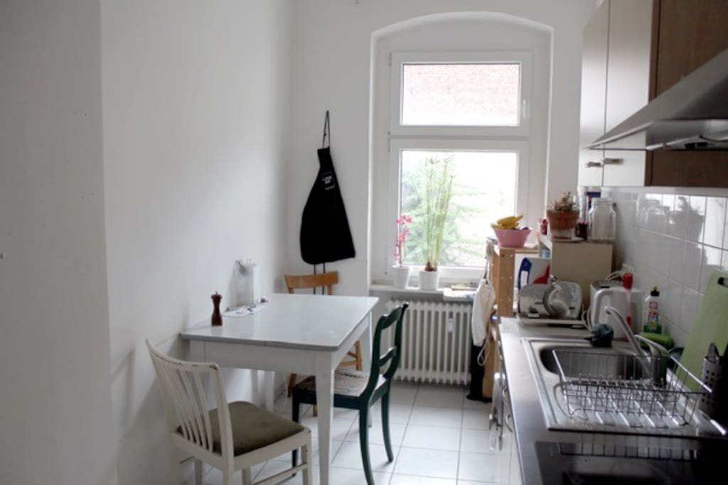 bright kitchen which invites to cook or just sit together