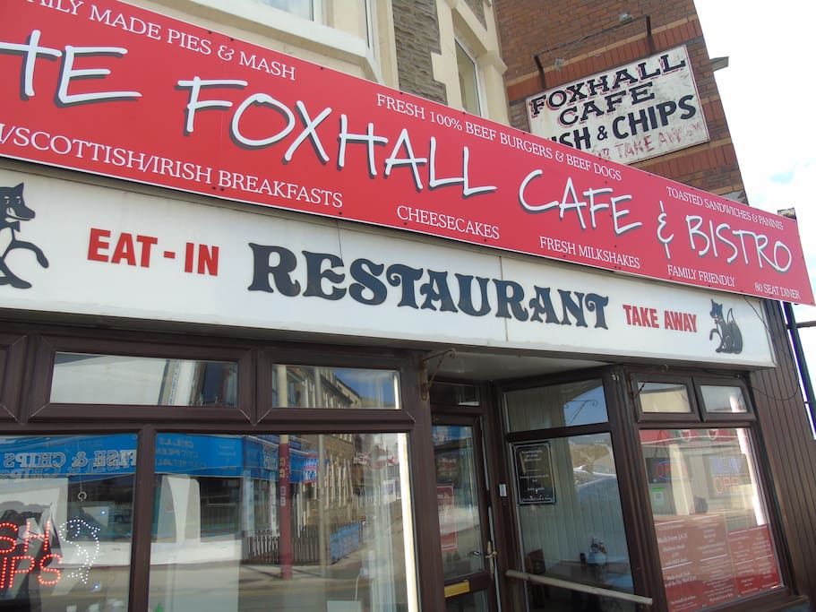 The room is situated above the Foxhall cafe and breakfast is available at a special price of £5 for guests, with a tea or coffee and a bottle of water or a juice.