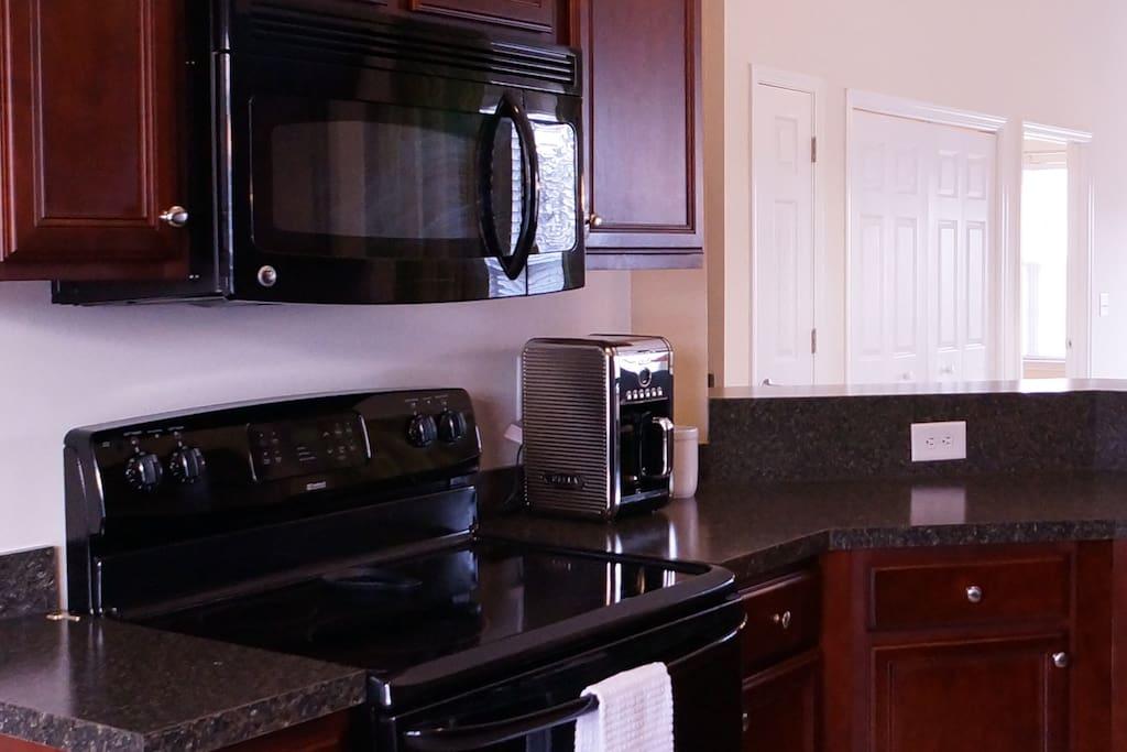 Stove & Microwave