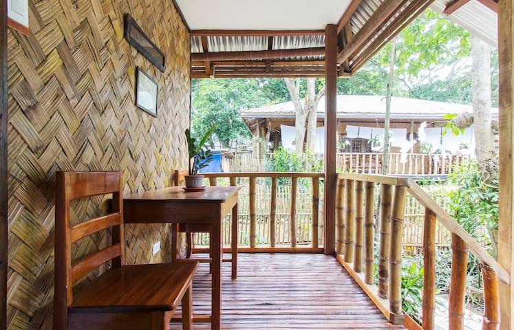 Nelly's NipaHut 2 - Palawan Beach - Puerto Princesa - House
