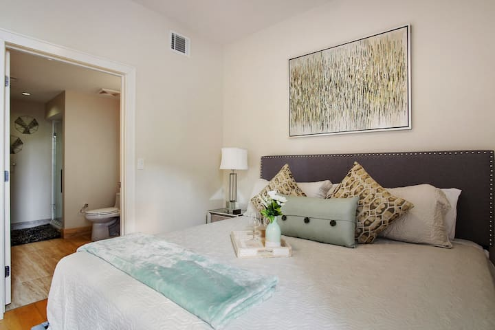 ★ New CBD near French Quarter Beautiful Apartment★