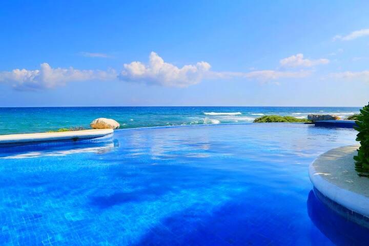 Sea Views! HUGE 2BR! Terrace! Mi Casa Del Mar A6