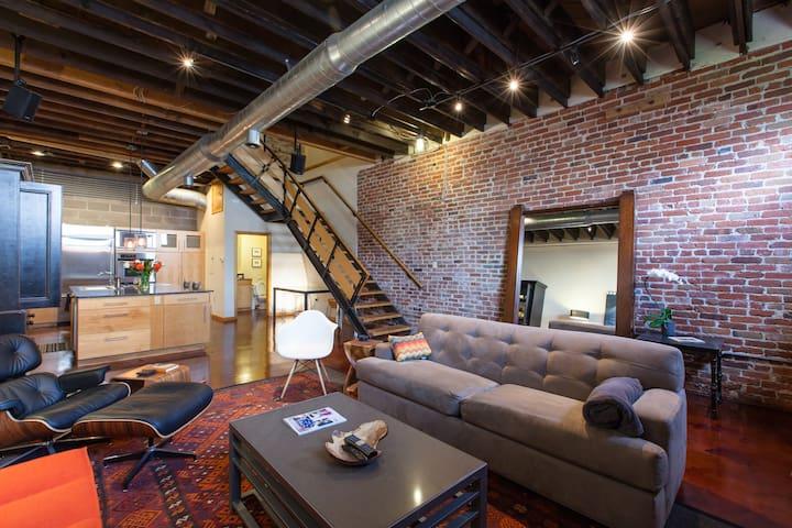 Striking Three Story Downtown Loft w Private Deck