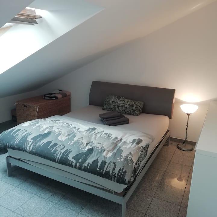 BAUMA  Zimmer(mit Ubahn ohne Stau  zur Messe :-)