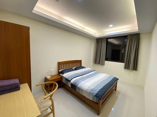 4樓房間標準床