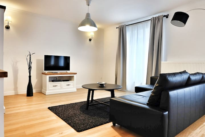 Top Spot 1 Bdr Flat, 64 sqm., Blvd. Anspach!