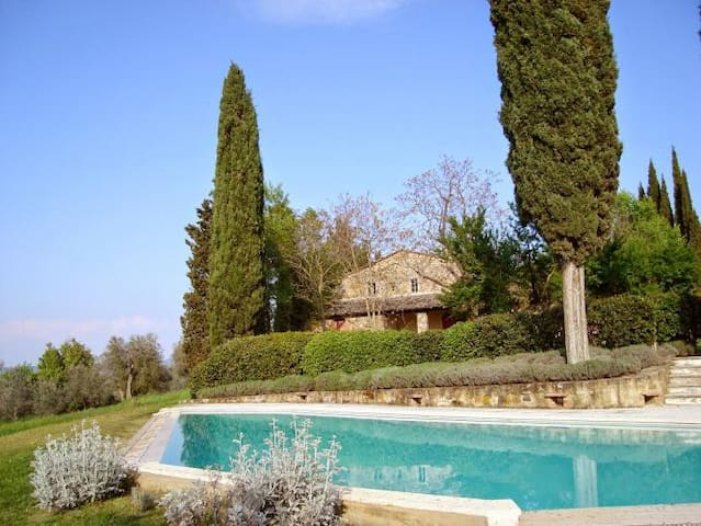 Beautiful house with view, private garden and pool - San Giovanni D'asso - House