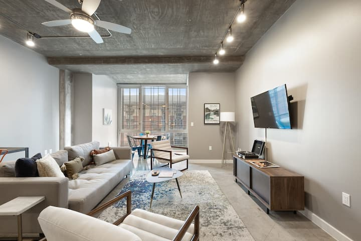Kasa Austin Downtown Apartments | One Bedroom