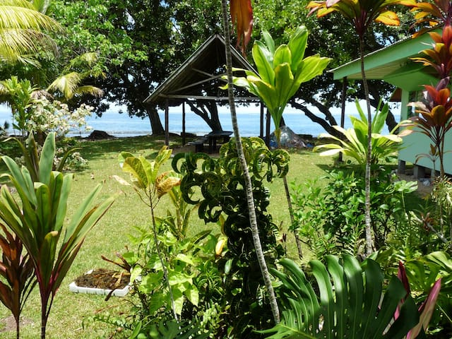 "Bungalow-studio ""the Frigate bird""on the sea side - Hitia'a - Service appartement"