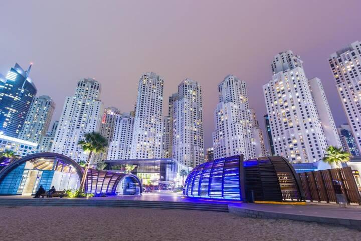 R 1526 Sofitel Dubai Jumeirah Beach
