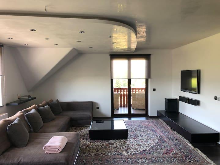 VILA DUEM / penthouse apartment