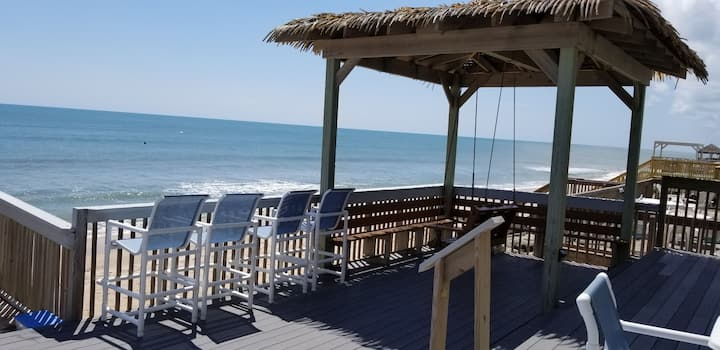 Direct Oceanfront 4 Bed- 2 Bath right on the beach