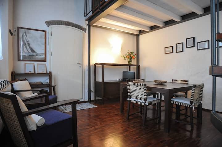 Cozy loft with double garden